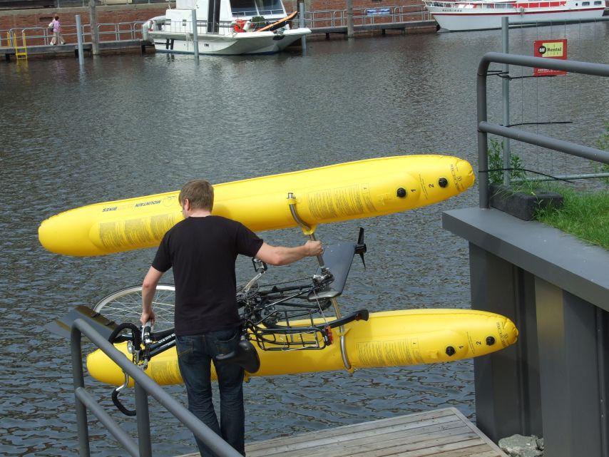 clique-waterbike052