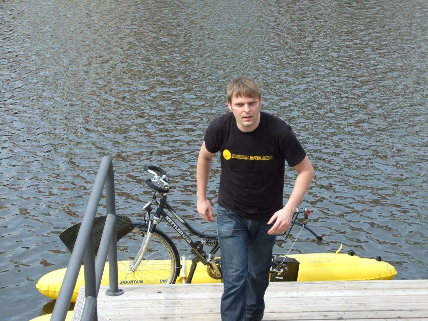 clique-waterbike055