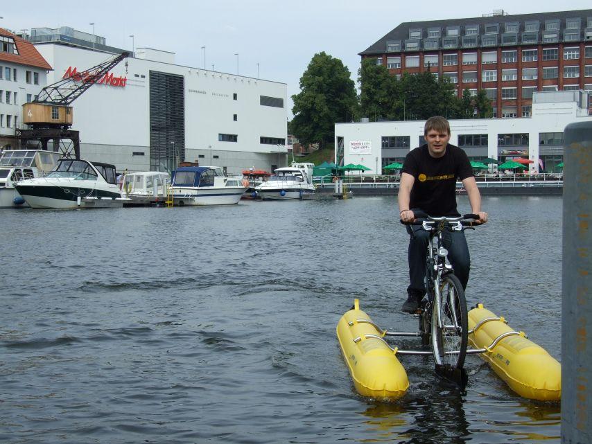 clique-waterbike064