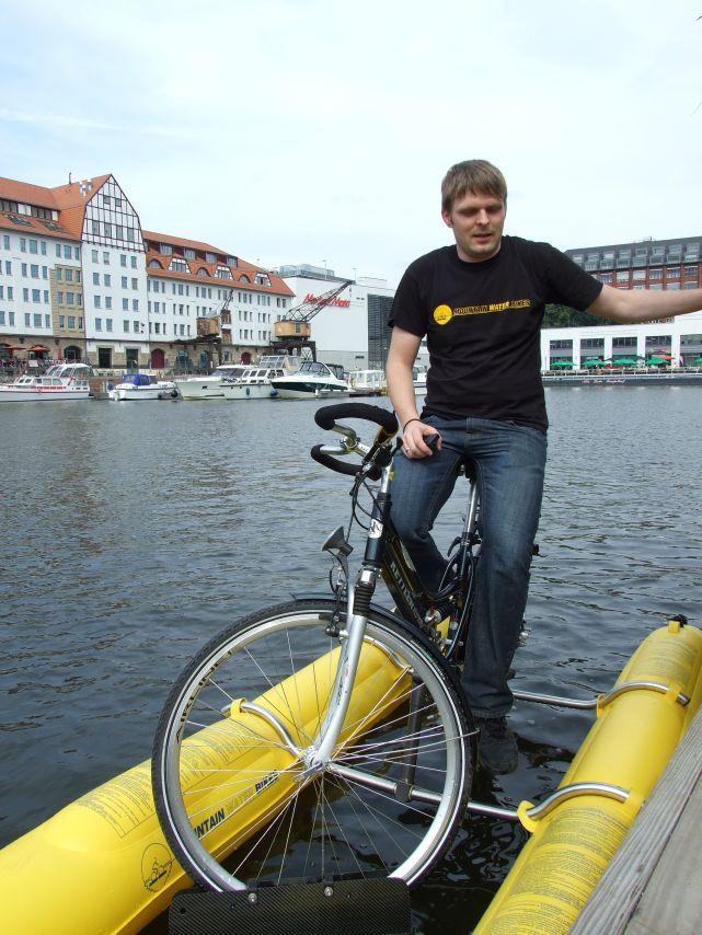 clique-waterbike066