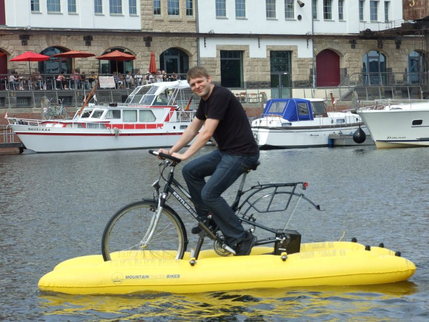 clique-waterbike068