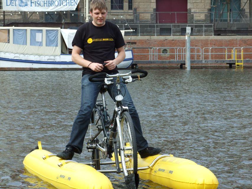 clique-waterbike079