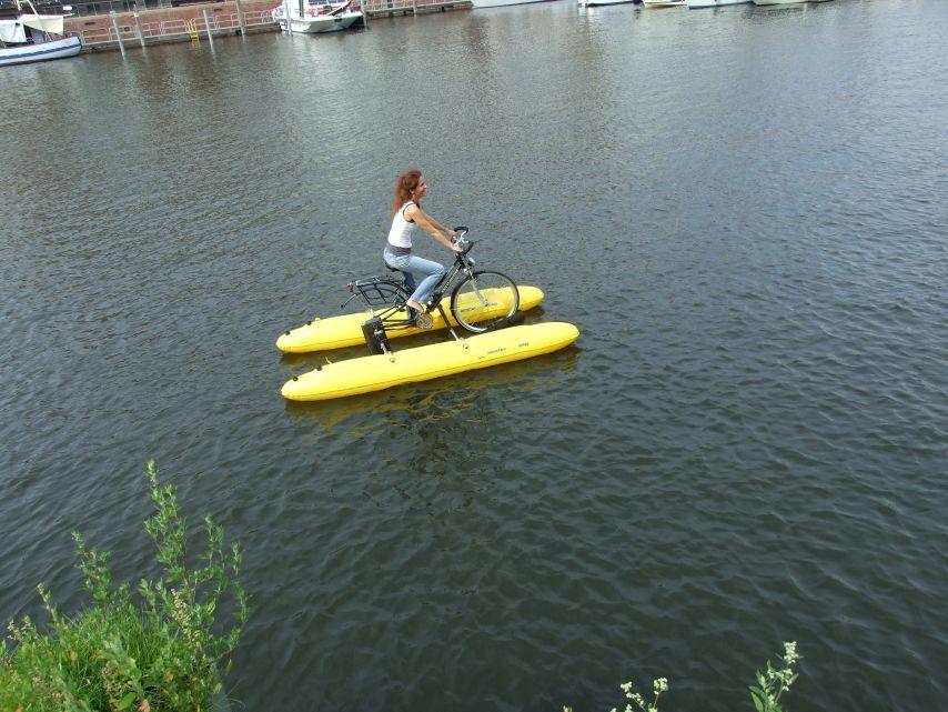 clique-waterbike080
