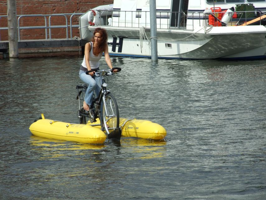 clique-waterbike085