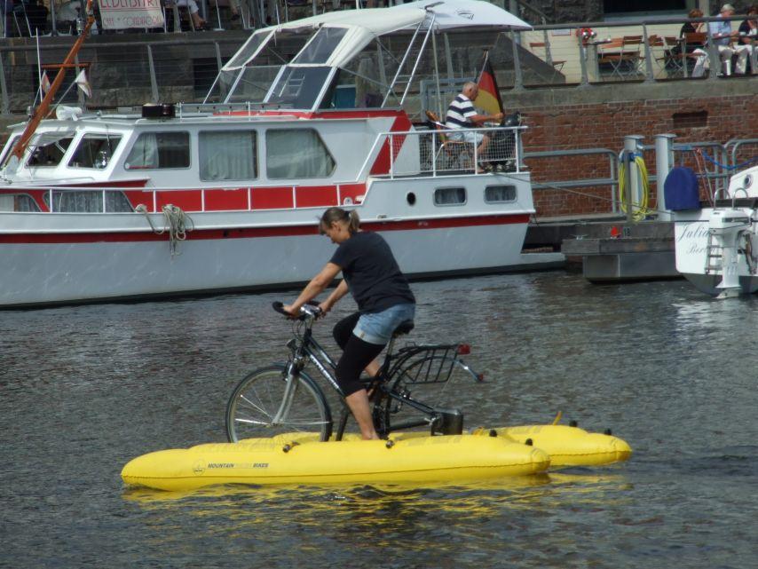 clique-waterbike094