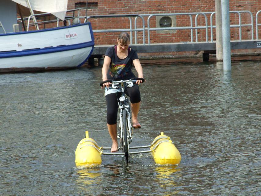 clique-waterbike096