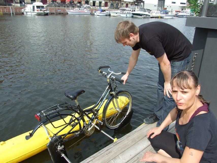 clique-waterbike102