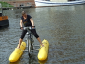 clique-waterbike100