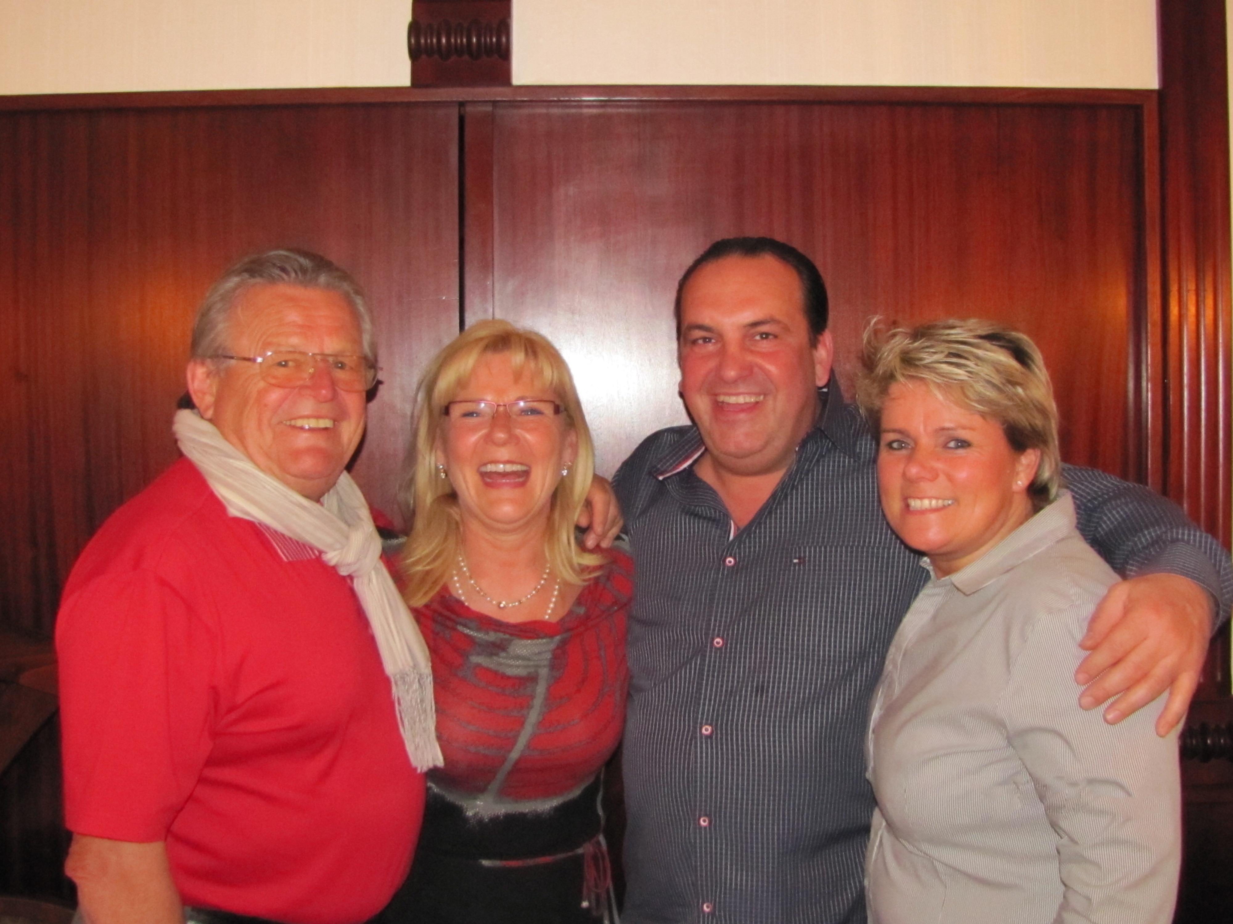 Arnold, Anita, Tommy und Uschel