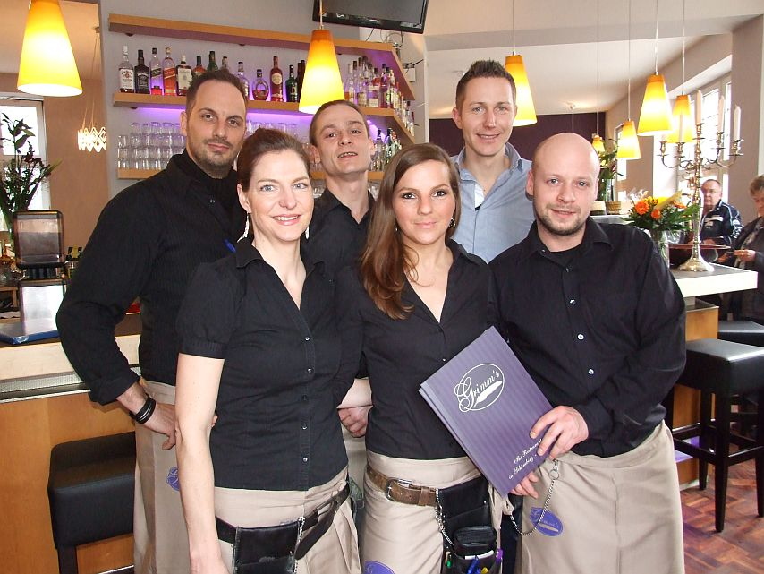 Team Grimm 1 - verkleinert - ClIQUE Sued