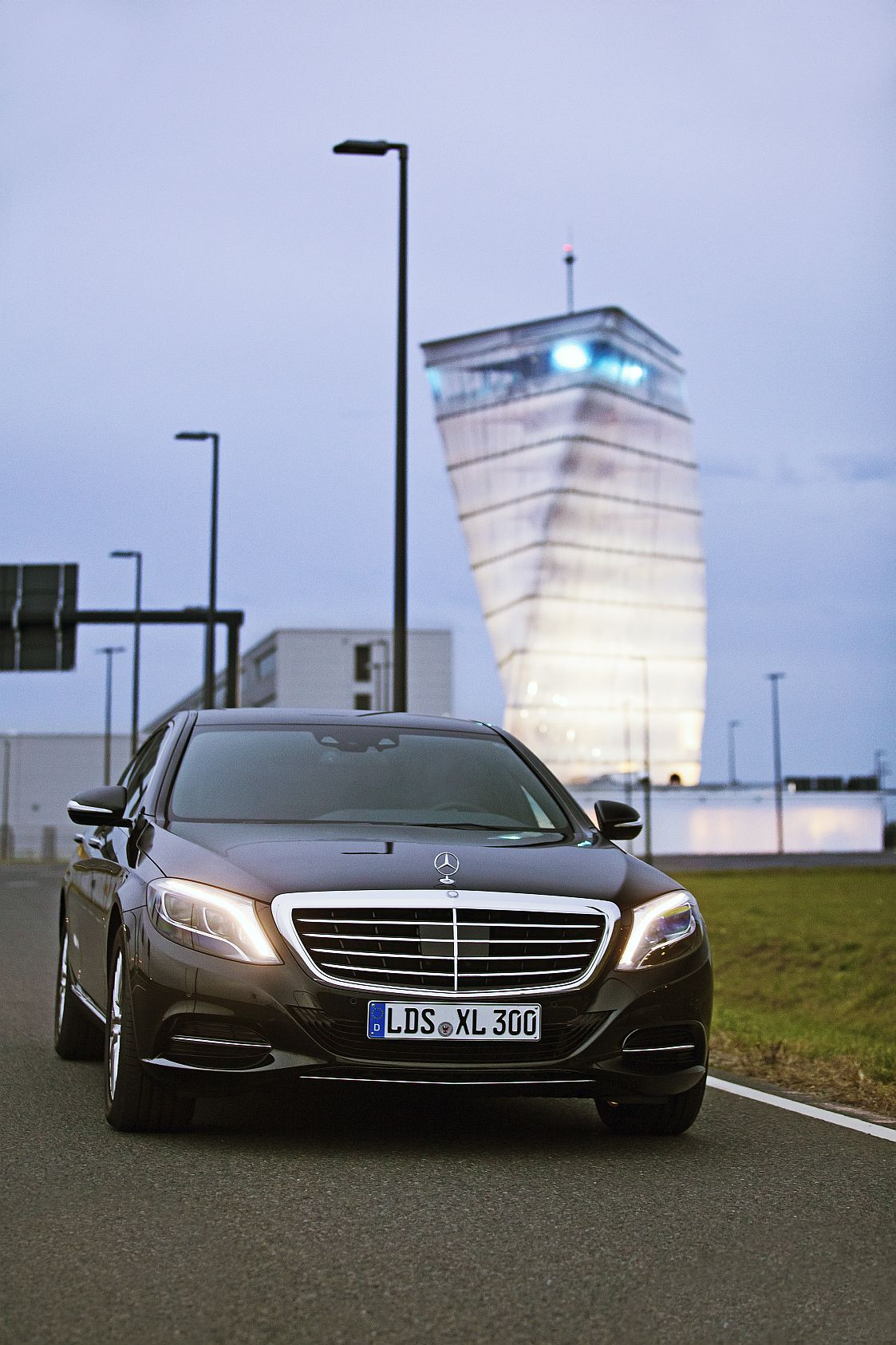 Mercedes-S-350-9311 verkleinert