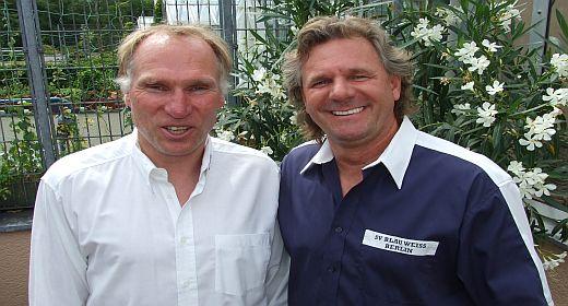 Tommi Saemann und Frank Jungnickel vom SV Blau Weissim Gespräch mit der CLIQUE