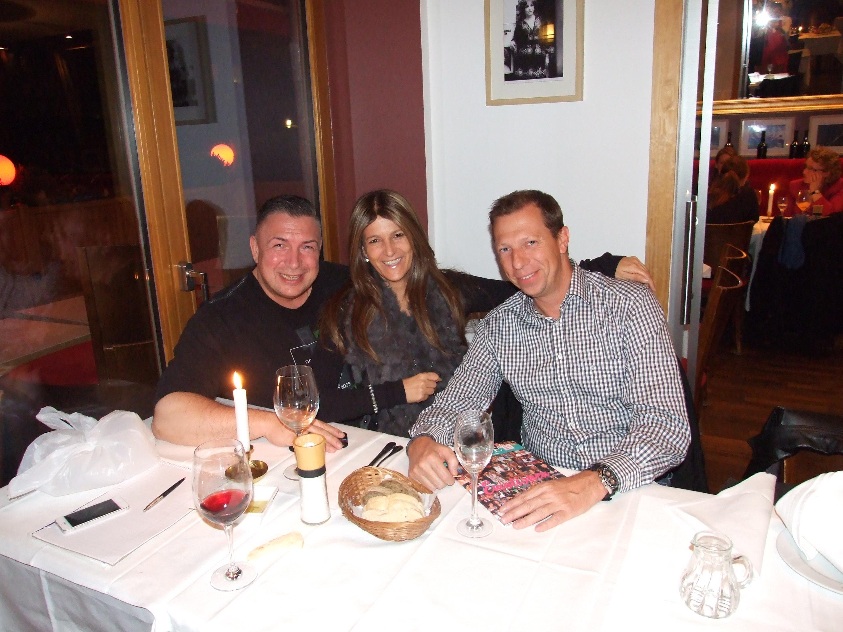 v.l. Bernd Kroll, Anita Tusch und Olli Hardt in der Pizzeria