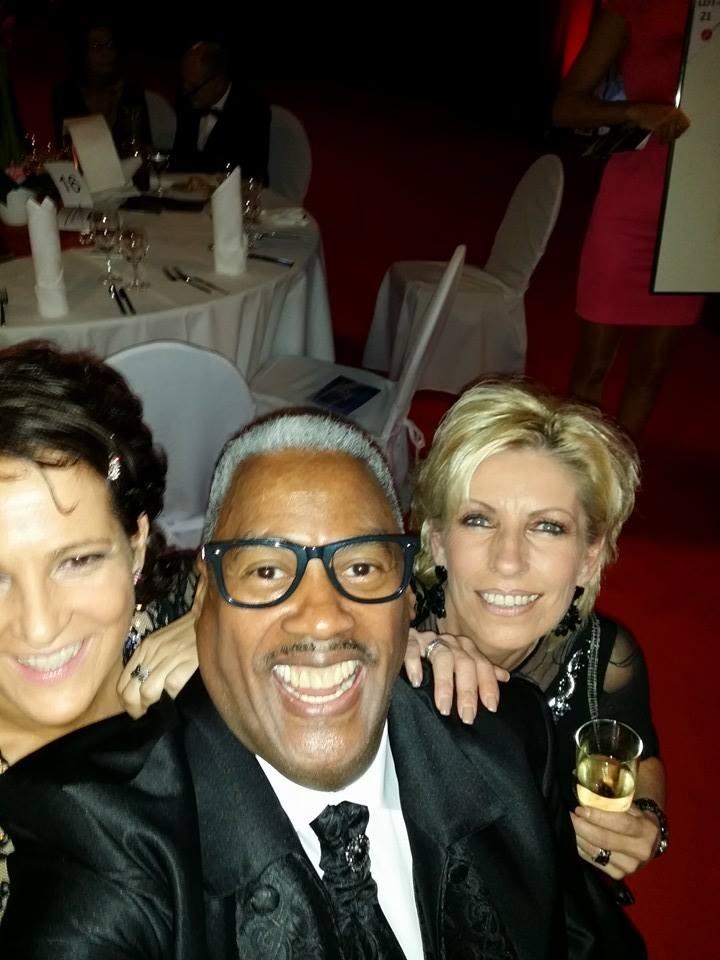 Selfie mit dem beliebten Entertainer und Sänger Keith Tynes