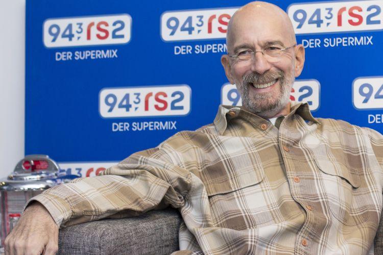 943-rs2 - Radio 10