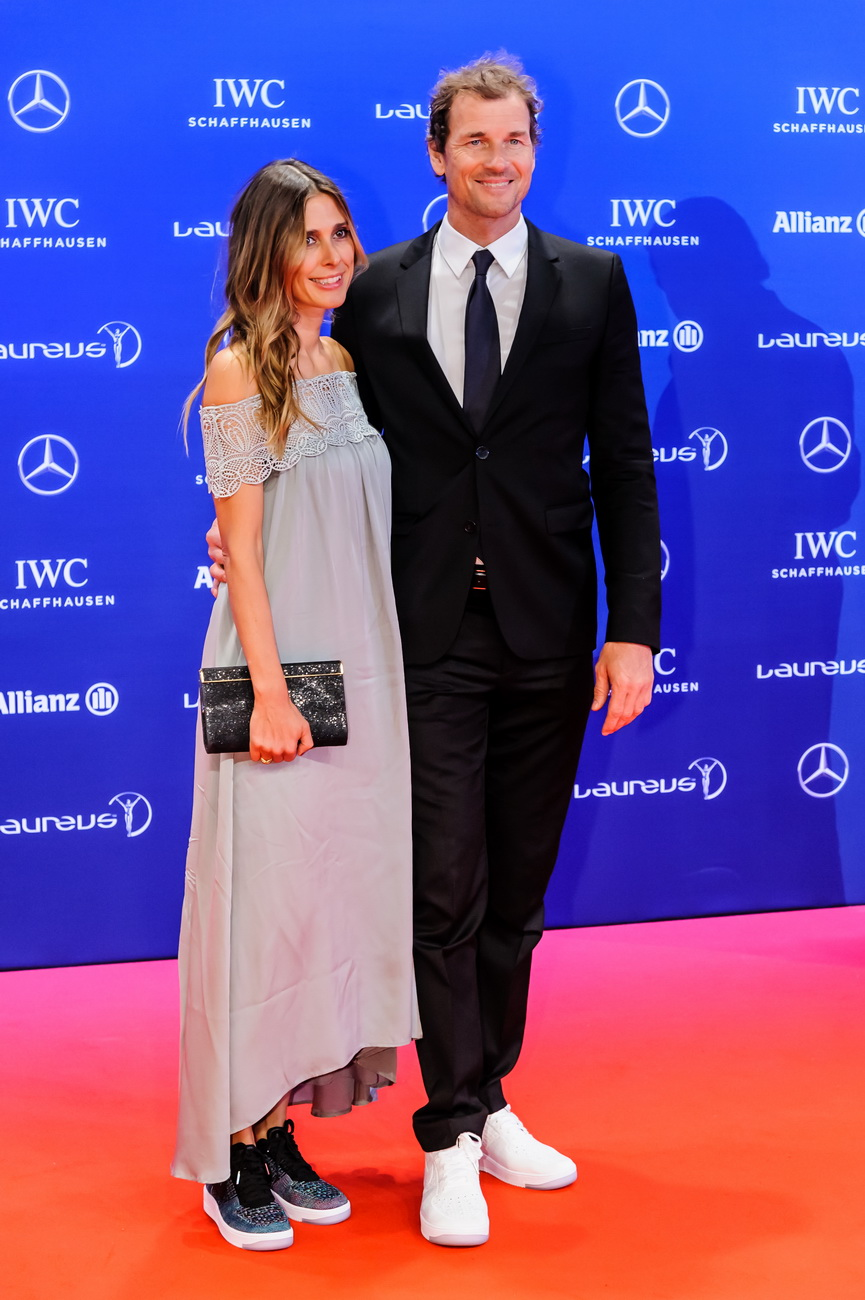 Ex-Nationaltorwart Jens Lehmann mit Frau Conny Pose