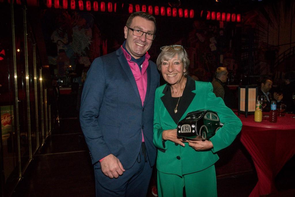 Hoteldirektor Paolo Masaracchia und Rallye-Fahrerin Heidi Hetzer