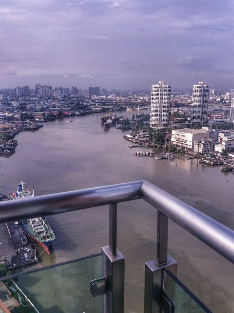 Mein Ausblick auf den Chao Phraya aus dem River Condo Apartment